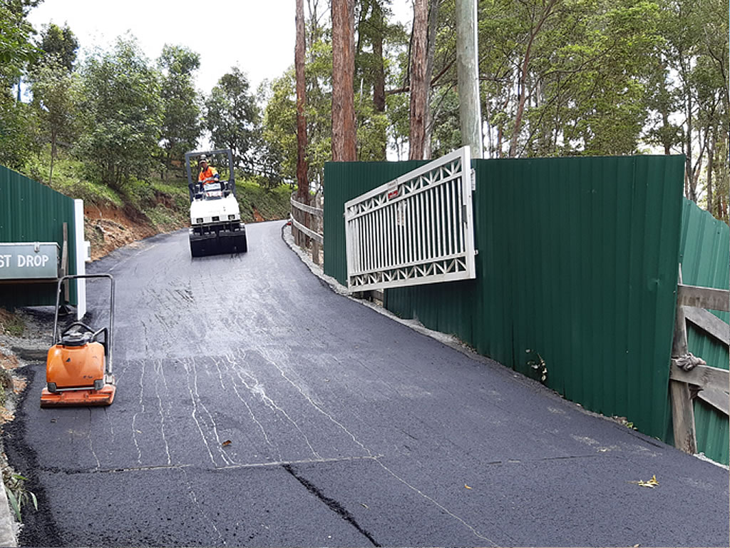 asphalt driveway surfacing and resurfacing contractor hobart tasmania